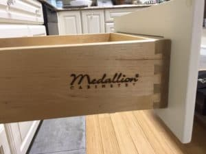Medallion Logo | Who Made My Cabinets?